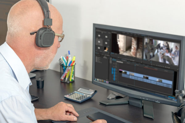 Introduction to Broadcast Journalism - Online course - Tim Bearder - Film Oxford